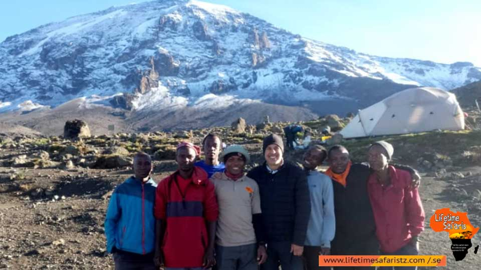 climbing-mount-kilimanjaro-explore-the-fascinating-parts-of-kilimanjaro-glaciers-featured