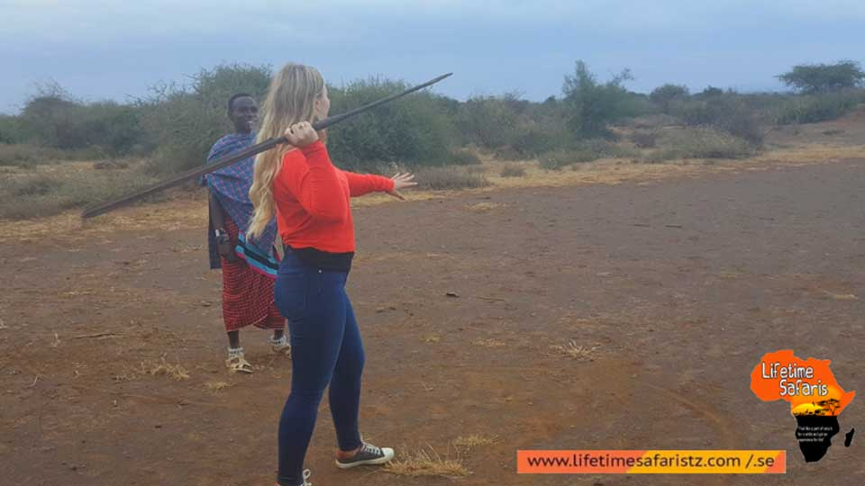 go-on-a-tanzania-cultural-tour-be-the-part-of-their-local-community-featured